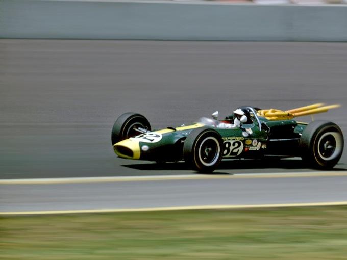 1965-Jim-Clark-Lotus-Indianapolis-500_2718340